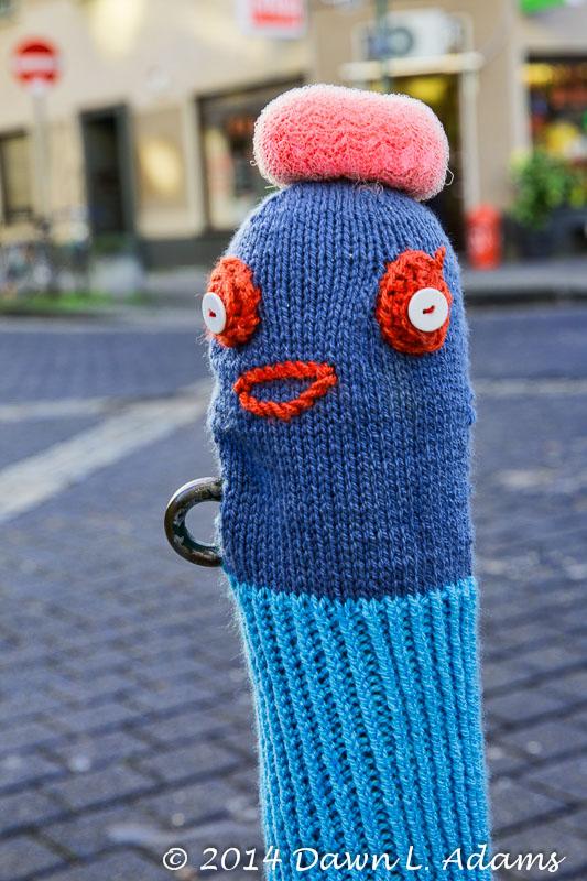 Knit Bombing-23.JPG