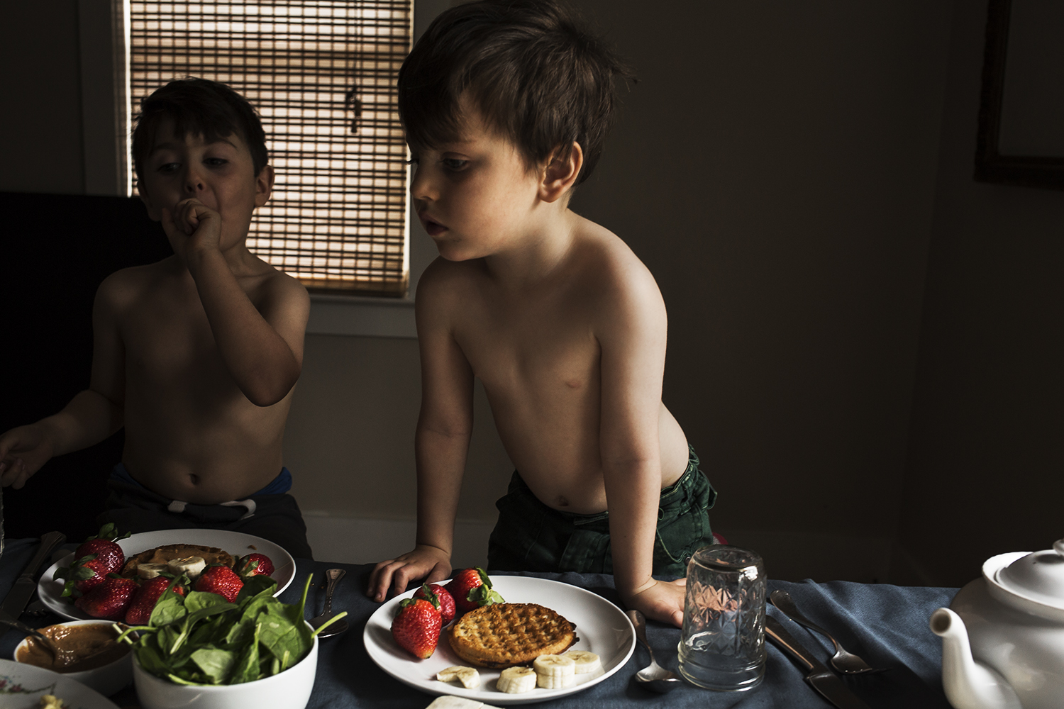 portraits-kids-asher-breakfast