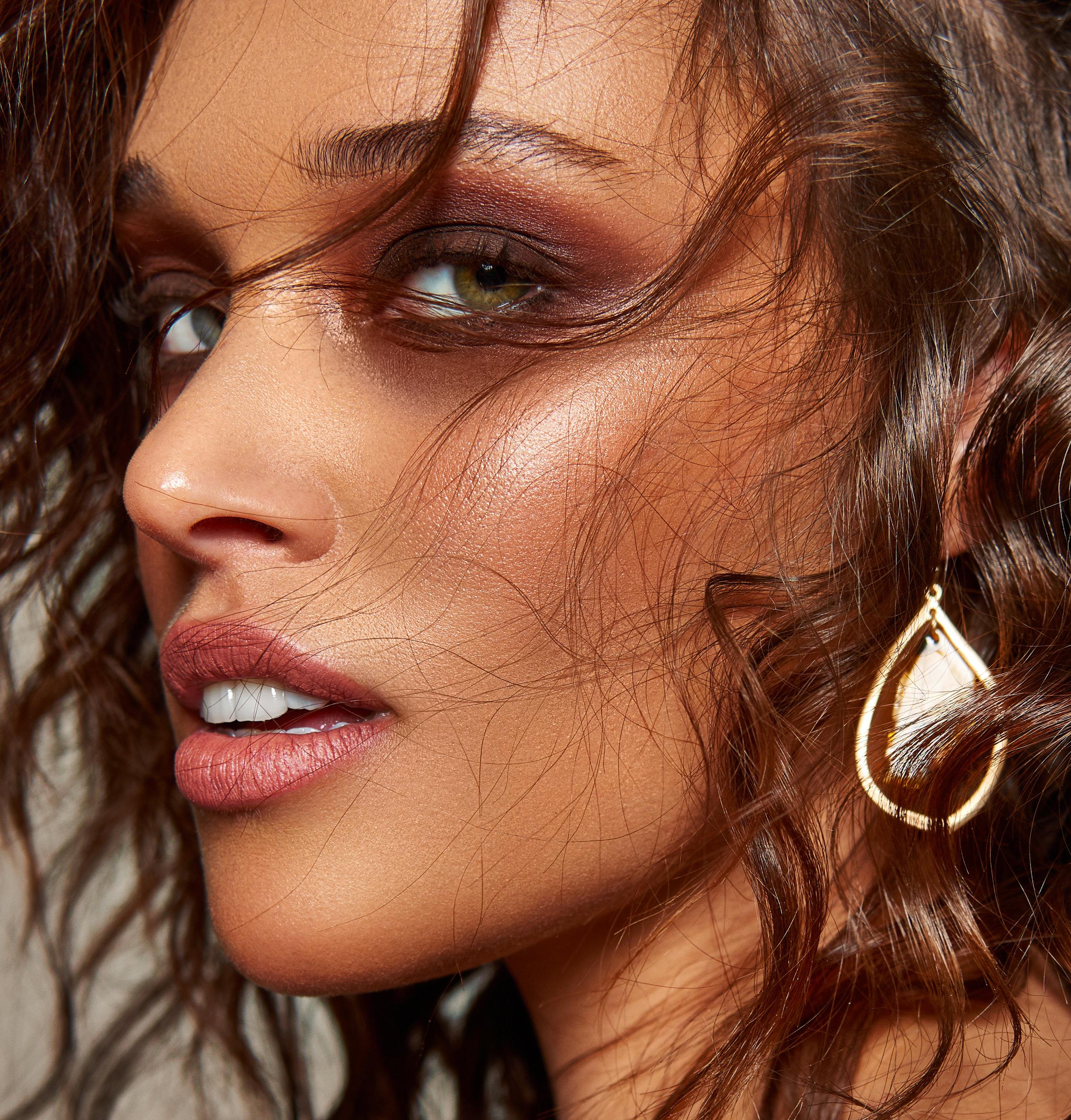 Beauty_Lauren_MILK23452 copy.jpg