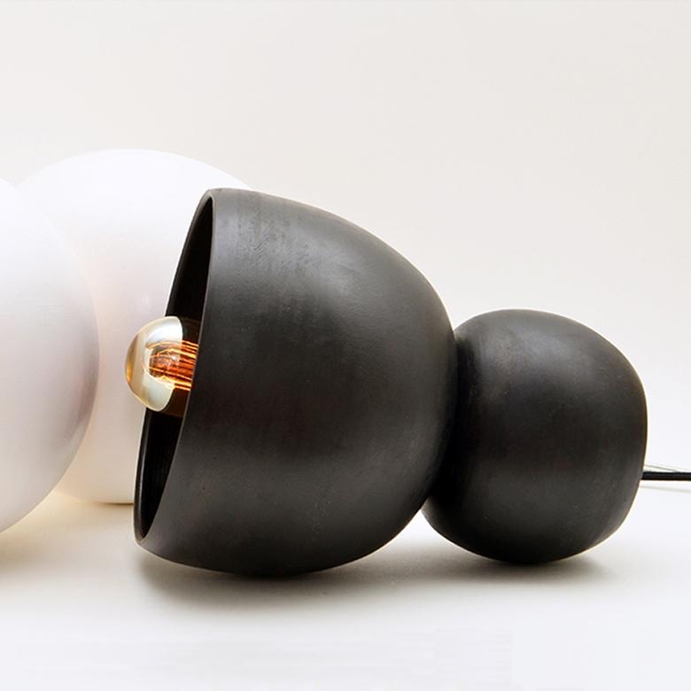 Black Porcelain Light