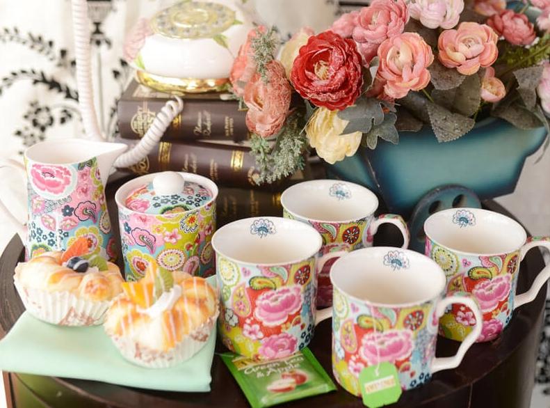 Miriam Bos for Shannon Bridge Pottery
