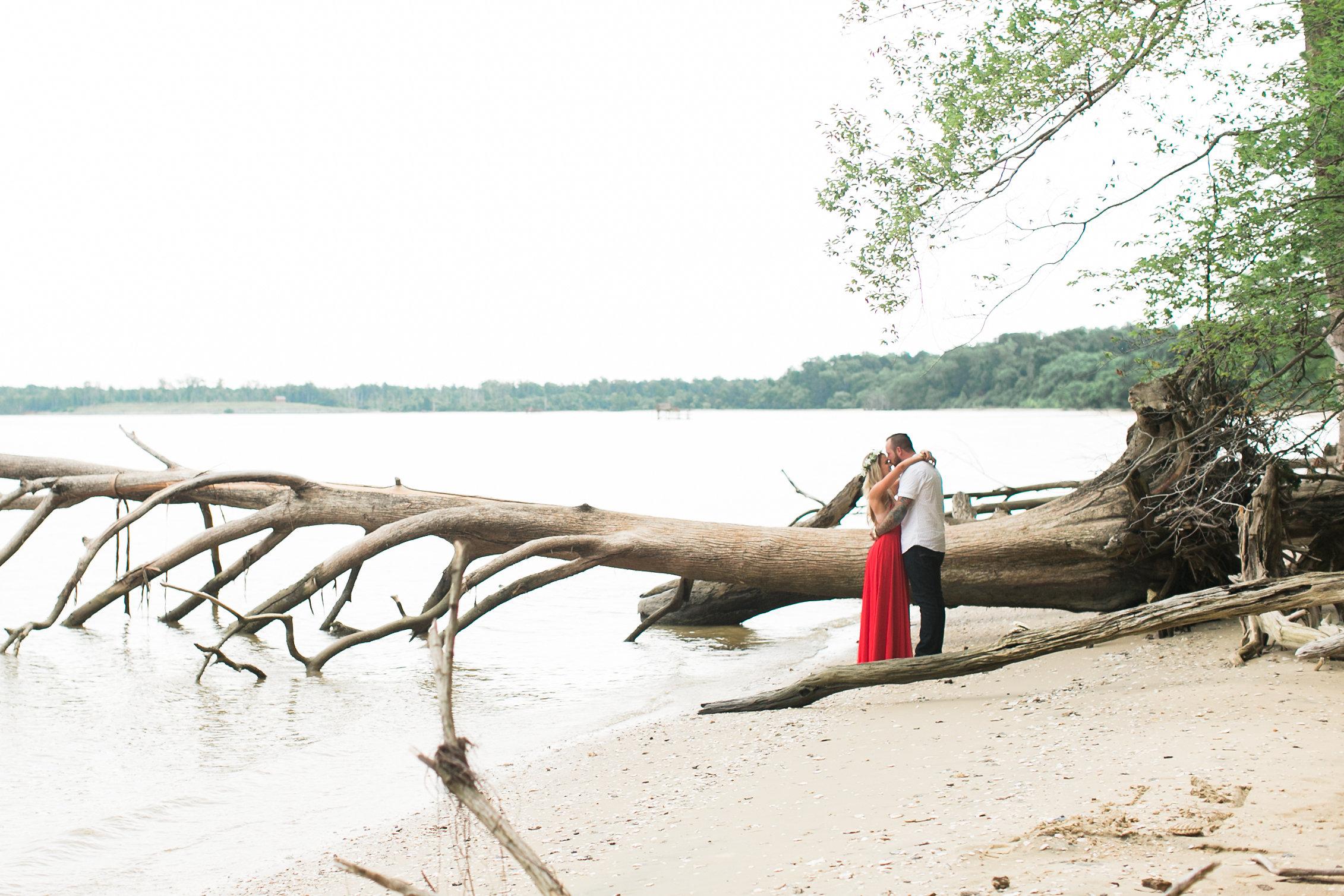 Taylor&Jesse-Engaged-1.jpg