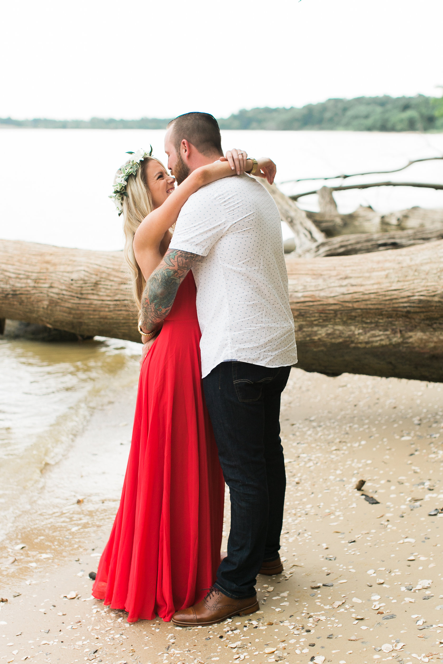 Taylor&Jesse-Engaged-4.jpg