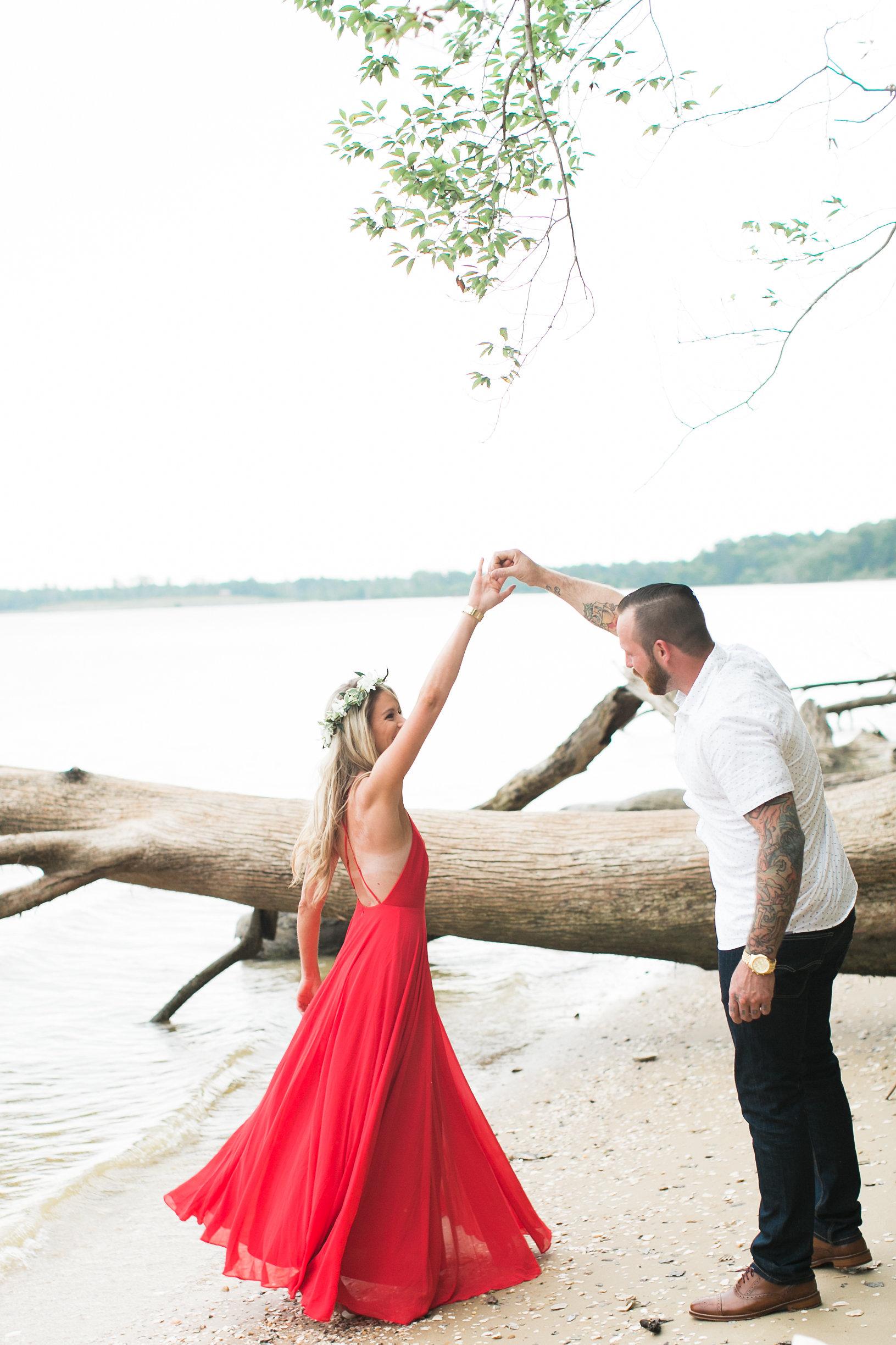 Taylor&Jesse-Engaged-29.jpg