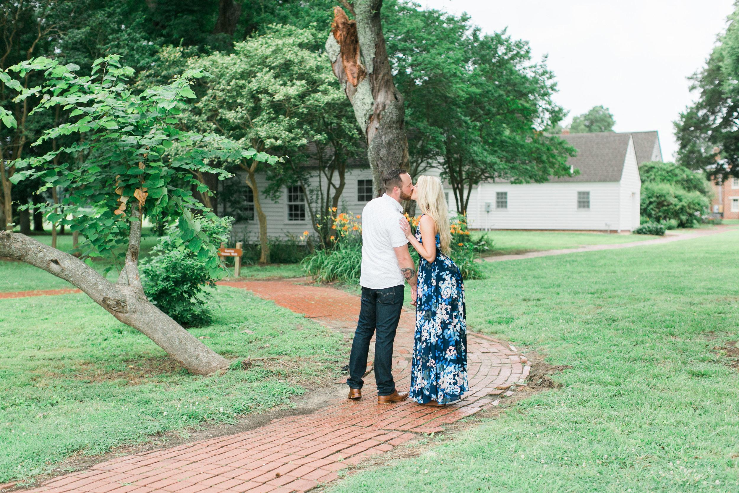 Taylor&Jesse-Engaged-67.jpg