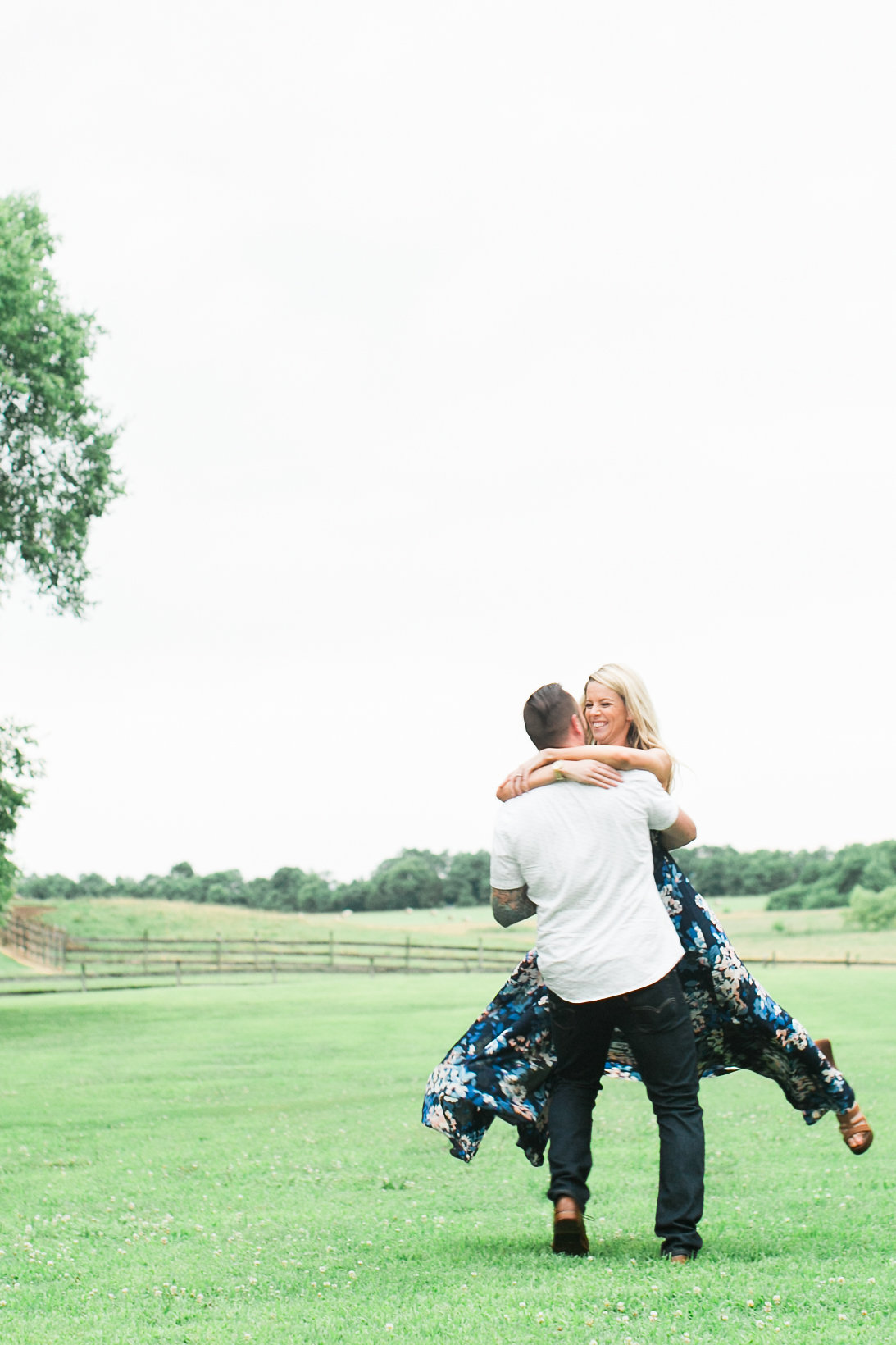 Taylor&Jesse-Engaged-103.jpg