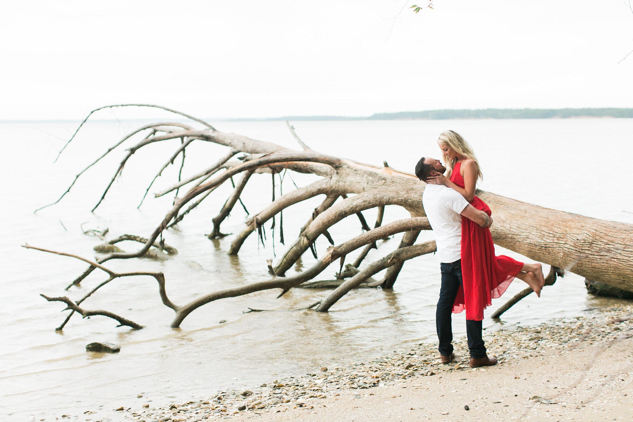 Taylor&Jesse-Engaged-212.jpg