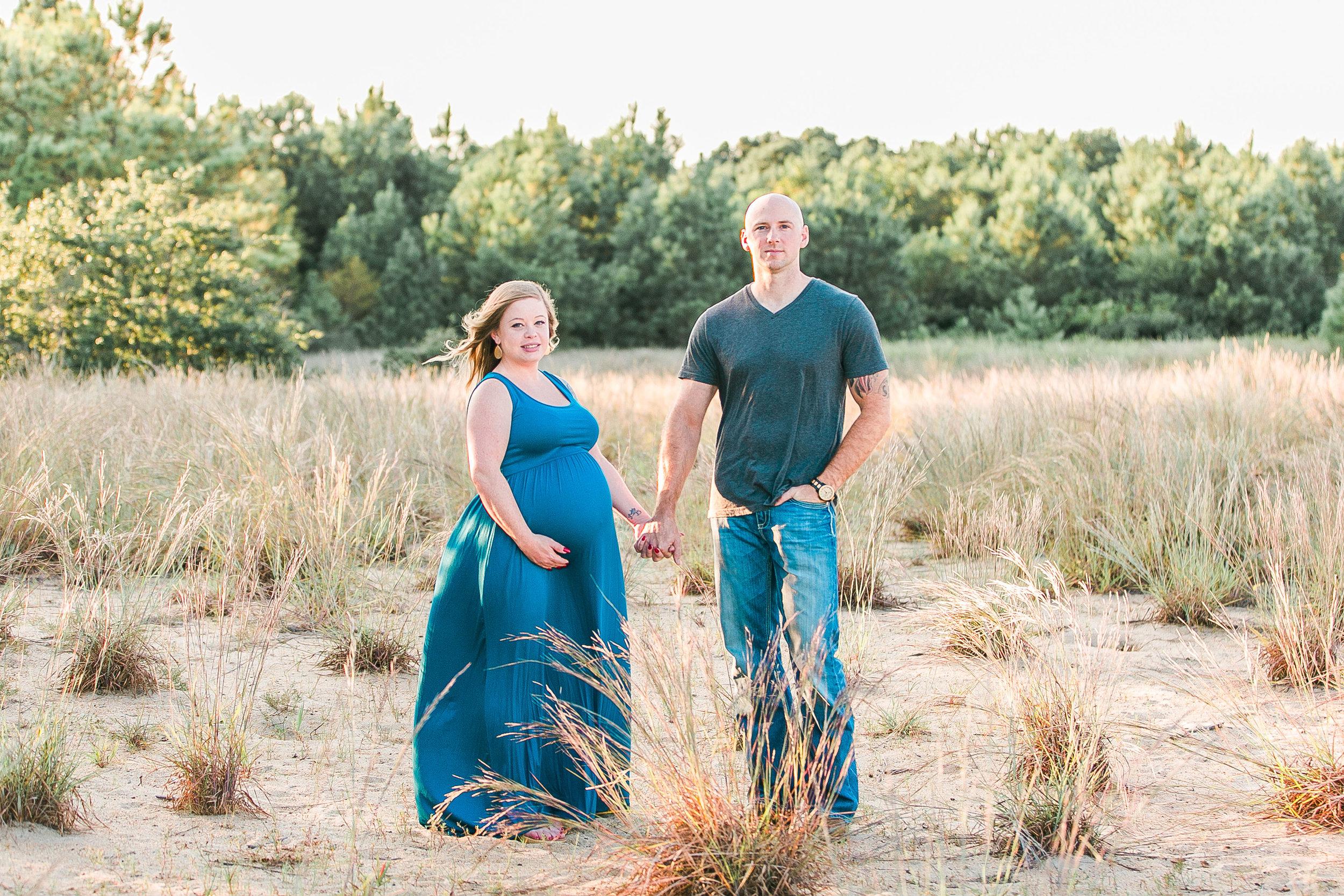 Casey&Adam_Maternity-32.jpg
