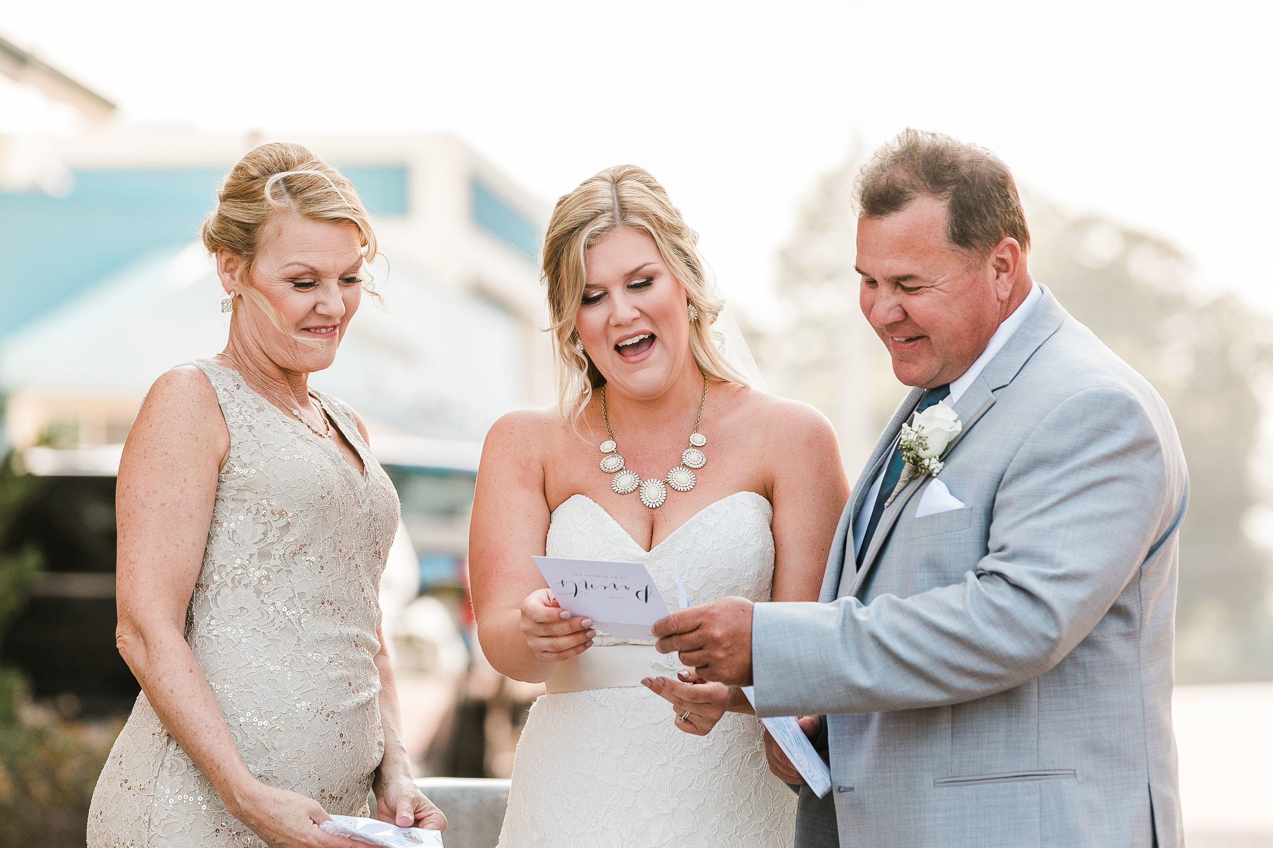 Lauren&Ryan_FirstLook(Dad)-FirstTouch(Groom)-28.jpg