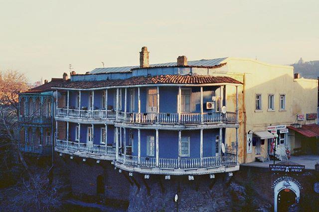 Somewhere in Georgia. #georgia #tbilisi #oldbuilding #oldhouse #film #filmisnotdead #sunset #nikon #nikonanalog #analog #35mm #streetphotography #street #travel #travelphotography