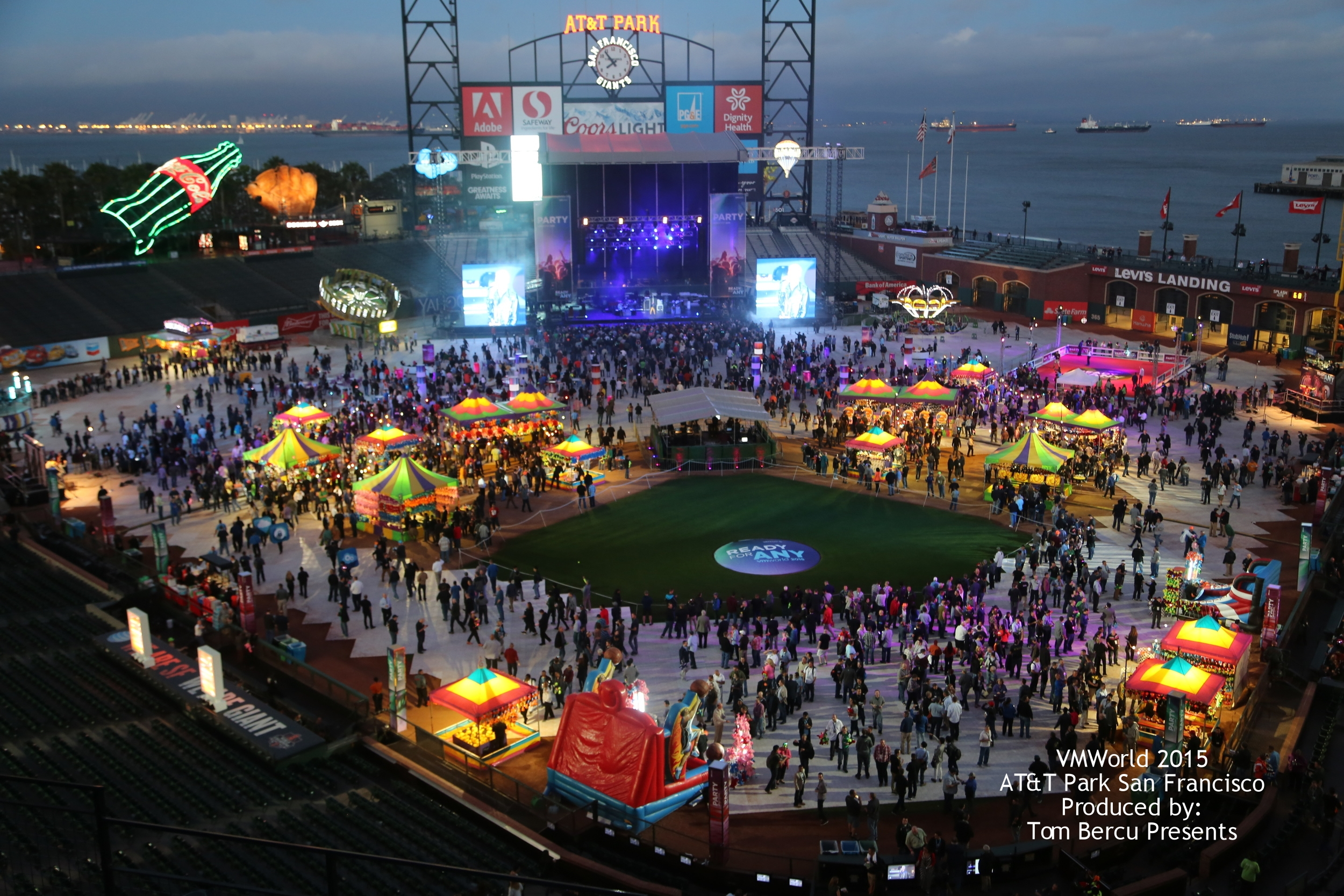 VMWorld 2015 AT&T Park San Francisco Produced by: Tom Bercu Presents