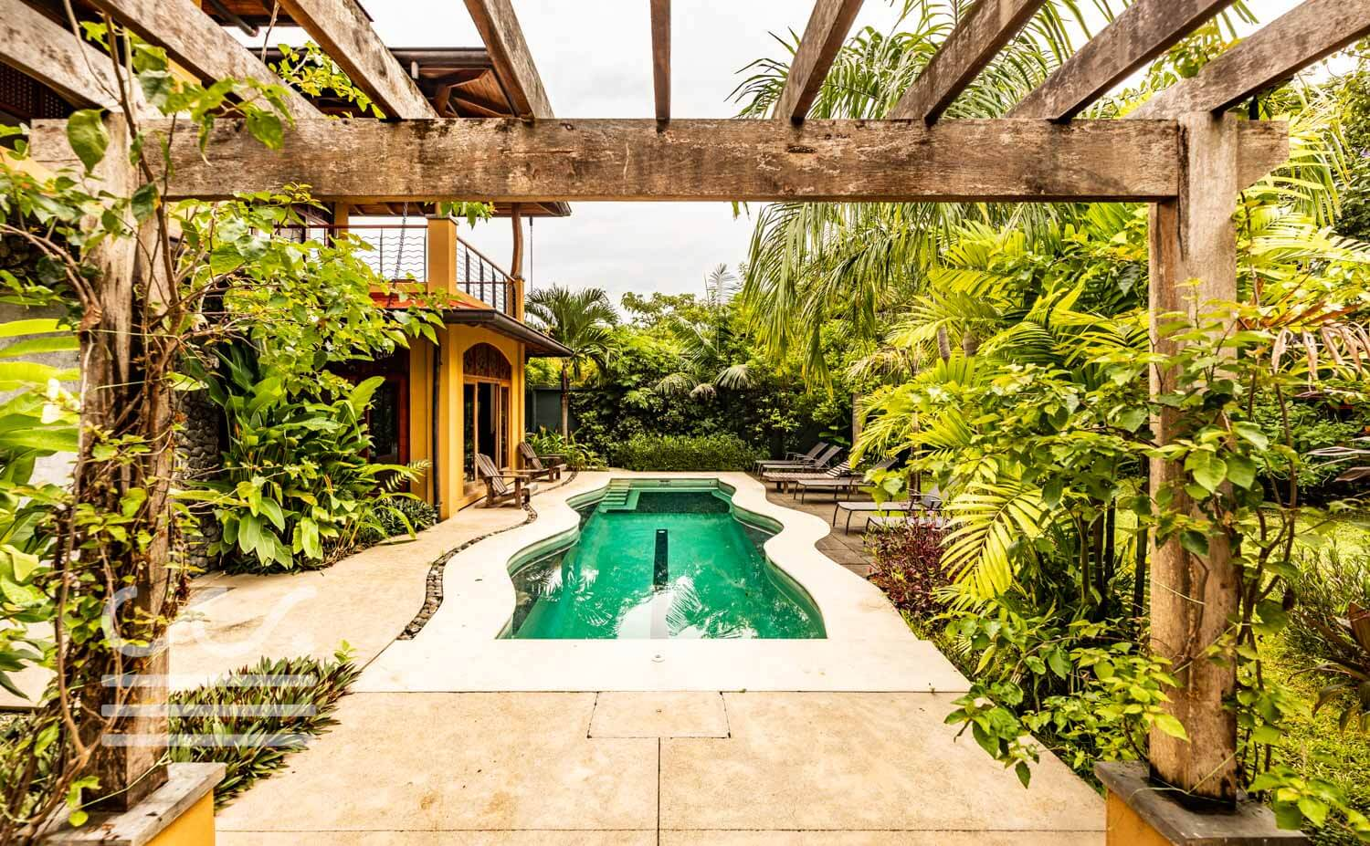 Endless-Summer-Wanderlust-Realty-Real-Estate-Rentals-Nosara-Costa-Rica-5.jpg
