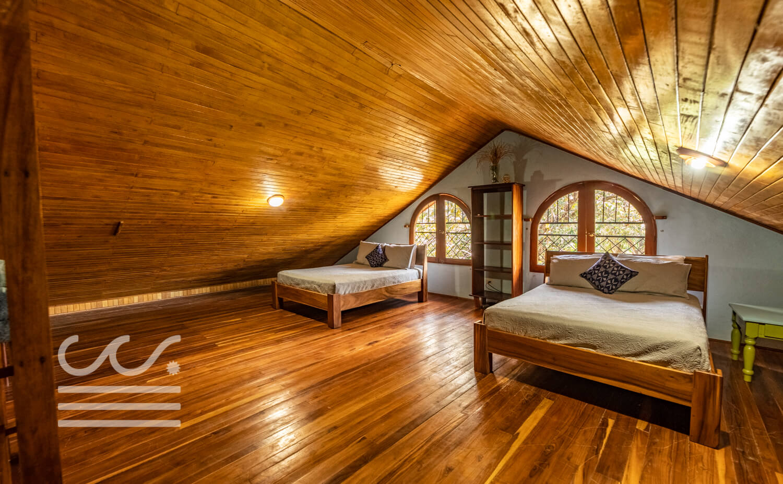 Sunset-Peak-Wanderlust-Realty-Real-Estate-Rentals-Nosara-Costa-Rica-34.jpg