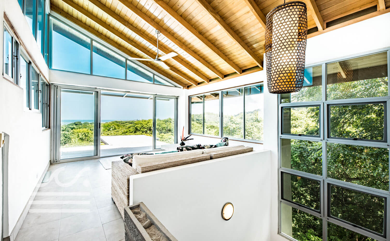 Casa-Luca-Wanderlust-Realty-Real-Estate-Retals-Nosara-Costa-Rica-35compressed.jpg