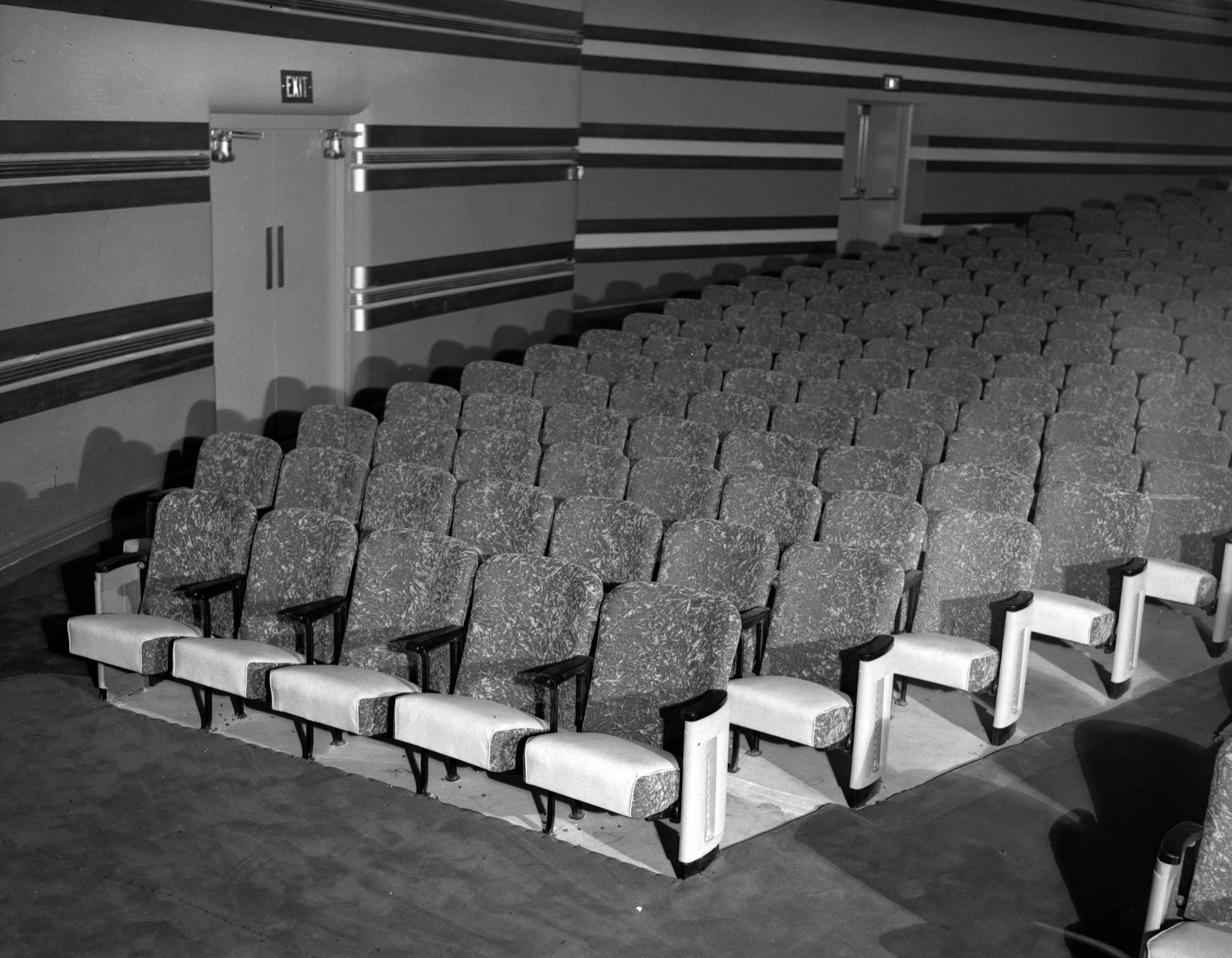 Centre_Theatre_Interior.jpg