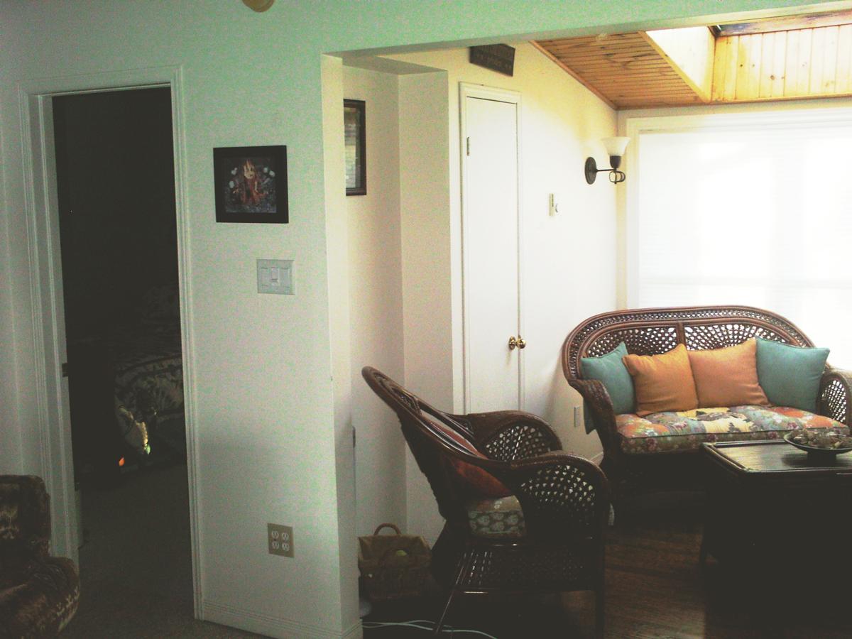 141022-GB-Wray-Kitchen-Before-2.jpg