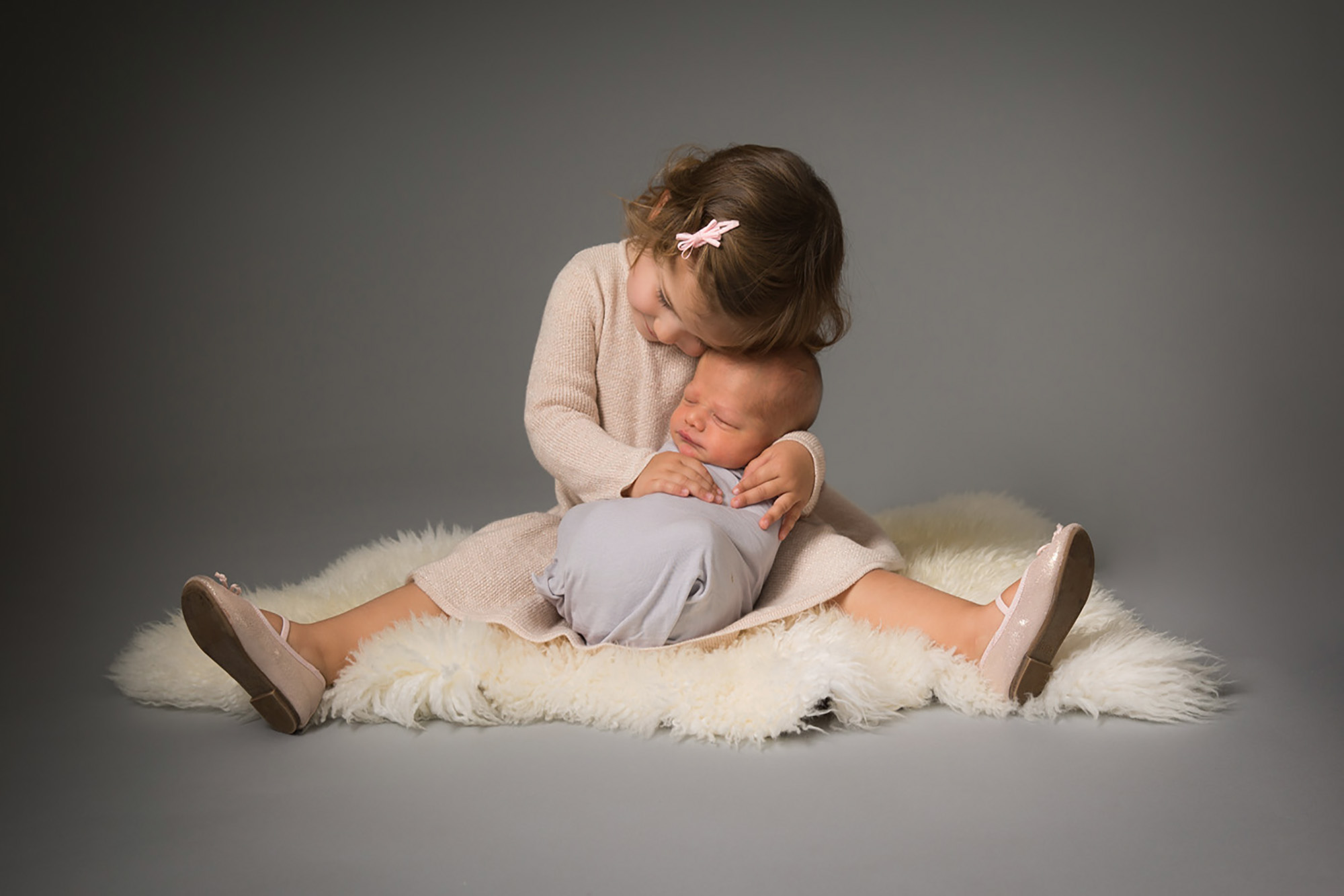 Newborn Photographer herts.jpg
