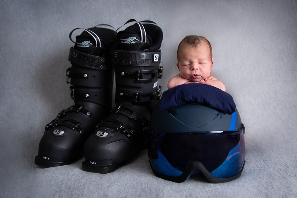 newborn photography ski helmet berkhamsted.jpg