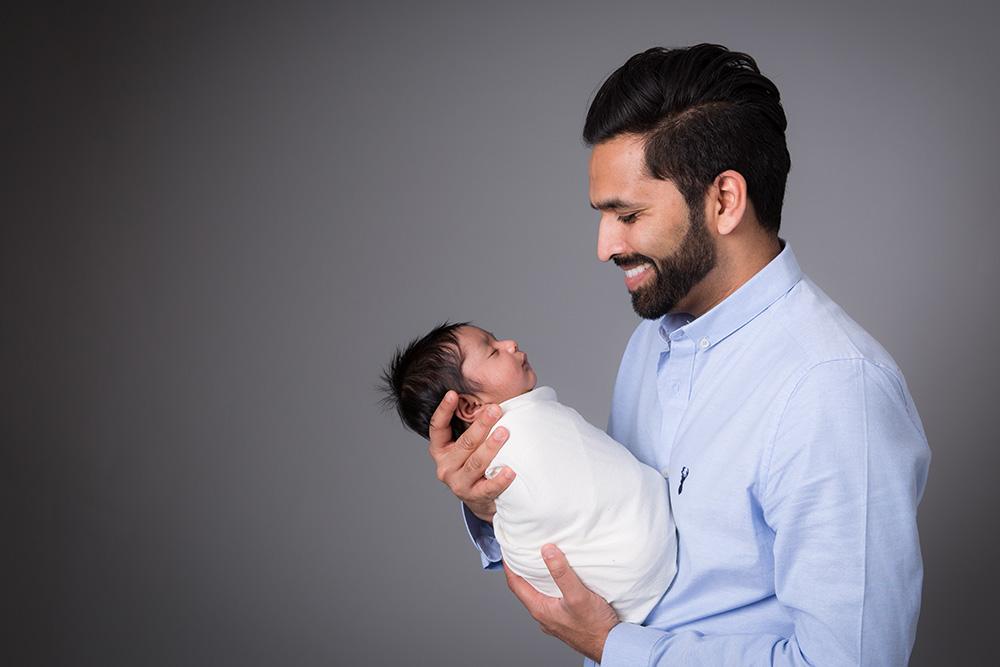 Newborn photos herts.jpg