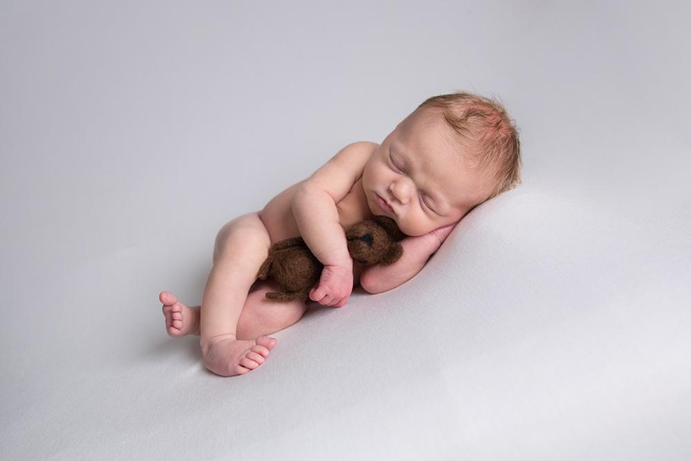 newborn pics hemel hempstead.jpg