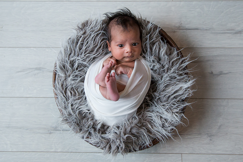 Newborn lifestyle photographer berkhamsted.jpg