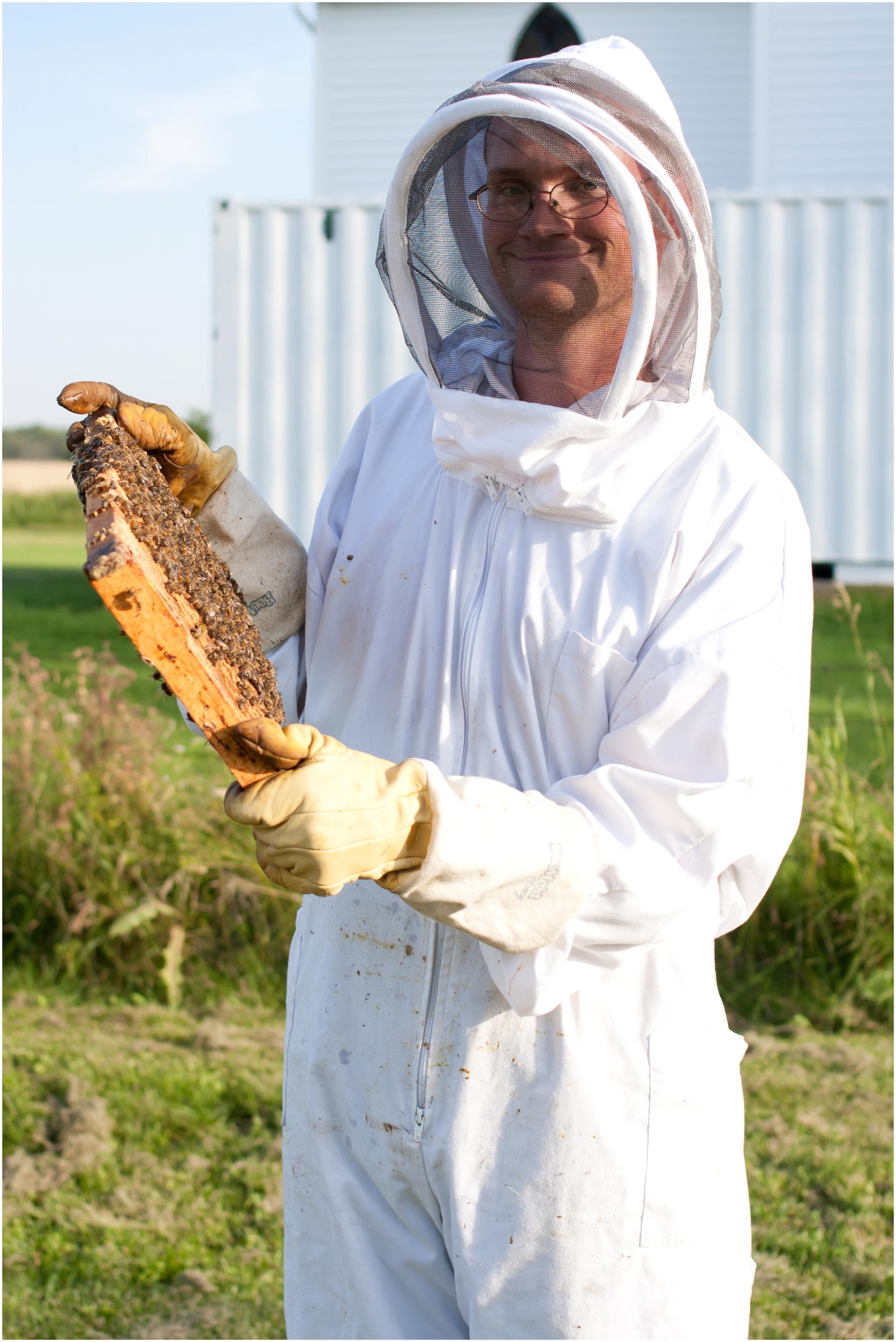 Paul Kirvan Bees_0007.jpg