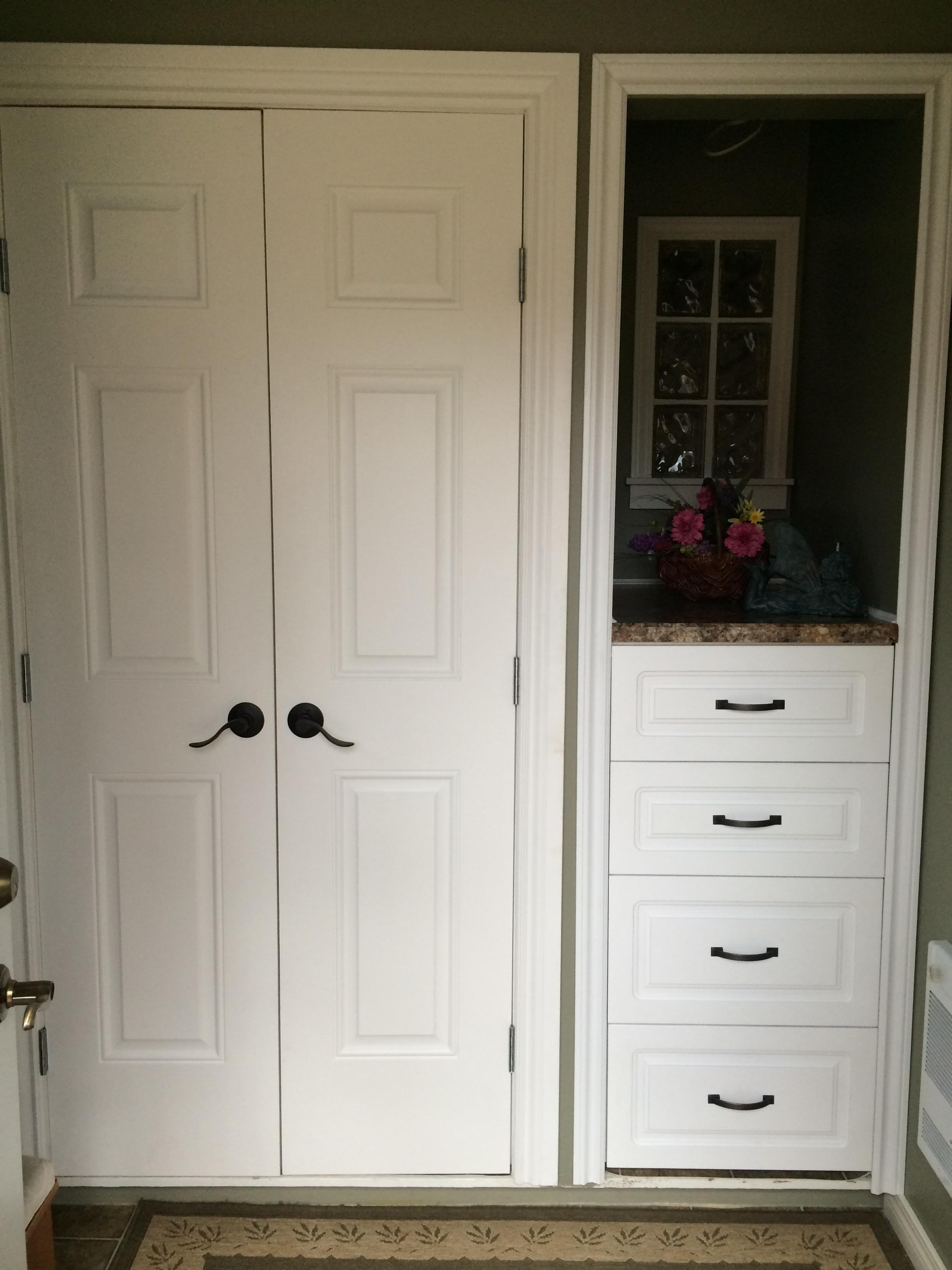 Entry way renovation saskatoon, custom closet and storage