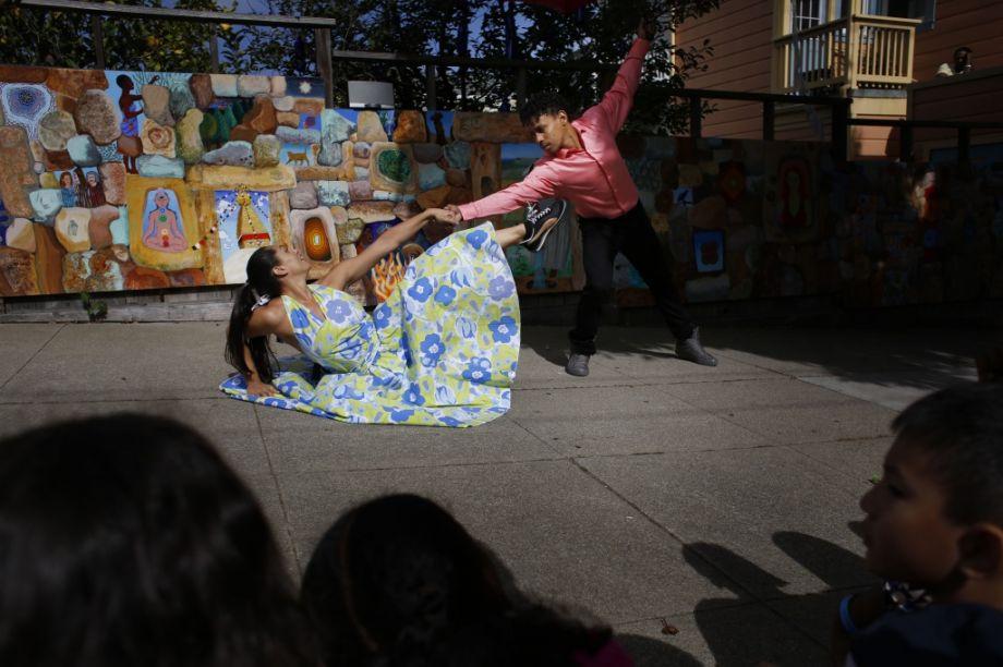 lena_trolleydance.jpg