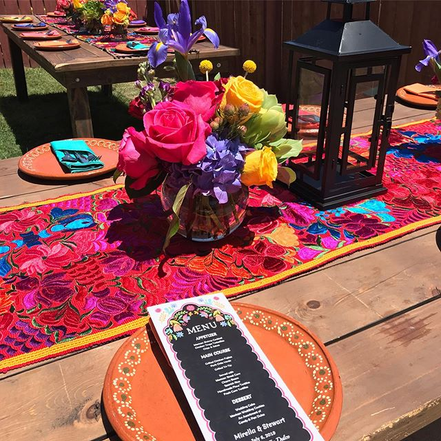Fiesta Wedding ! 💜❤️💛🧡💙💚 #fiestawedding #wedding #design #style #colorfultable #weddingdesign #fiesta