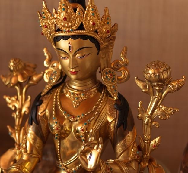 Die weisse Tara: In alle Richtungen geöffnete reine Energie. Die reine Liebe.