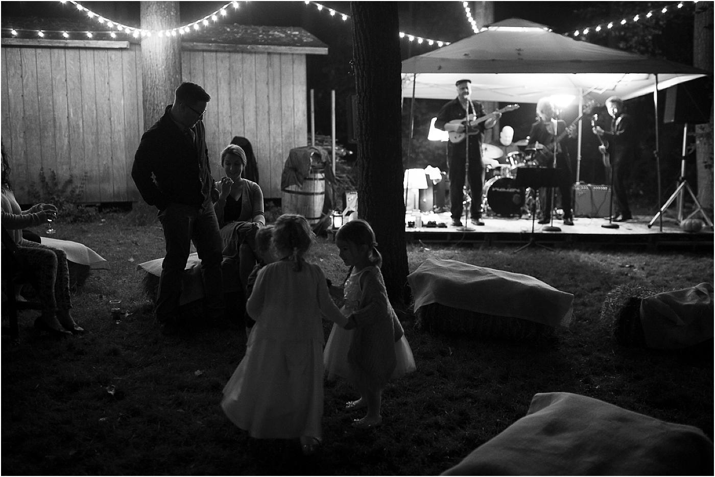 Annie-Mike-Backyard-Wedding-32.jpg