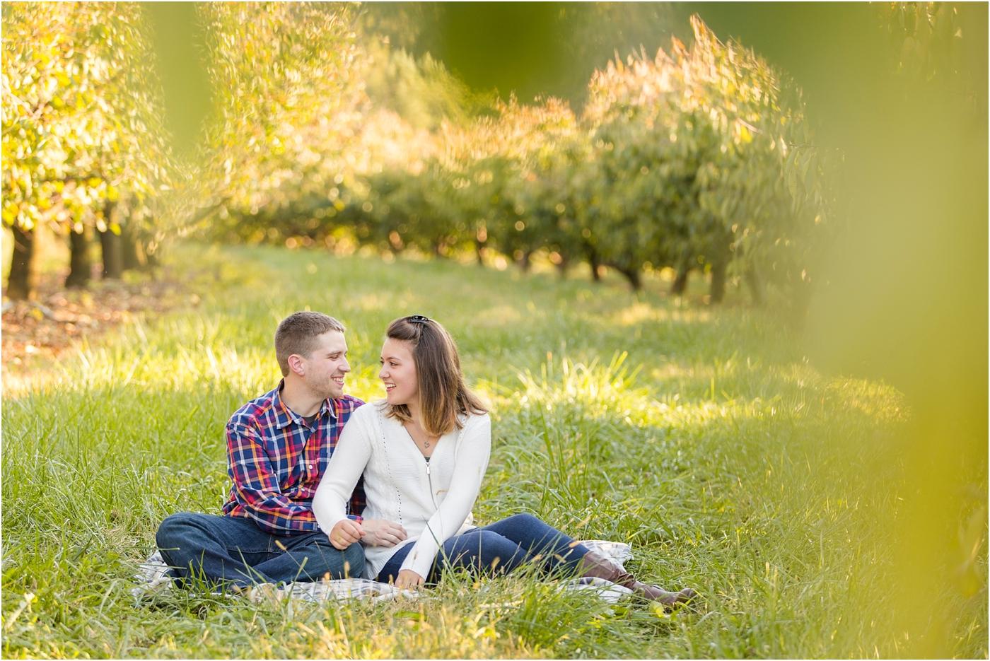Larriland-Farm-Engagement-Photo_0009.jpg