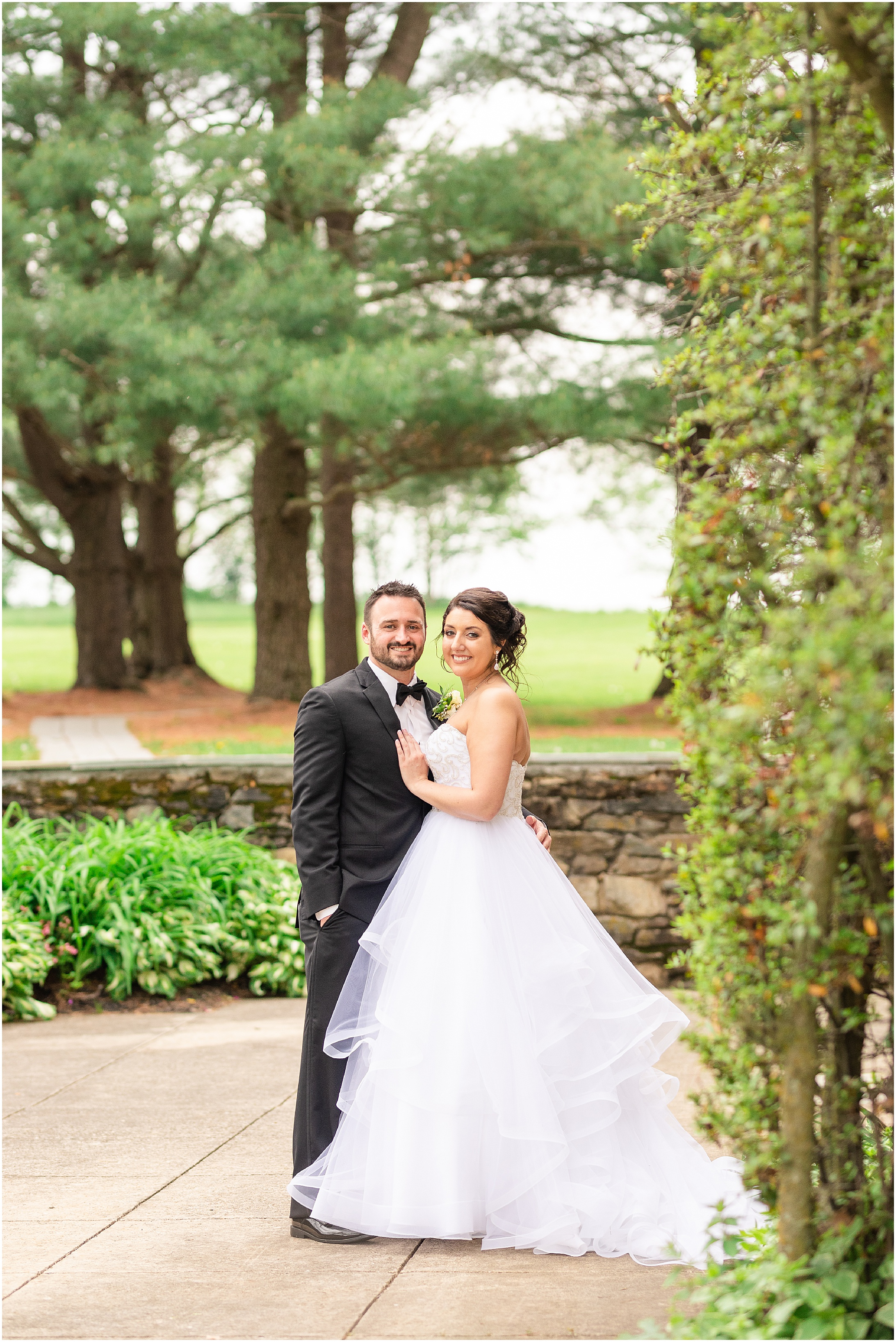 Stone-manor-country-club-wedding-photos-131.jpg