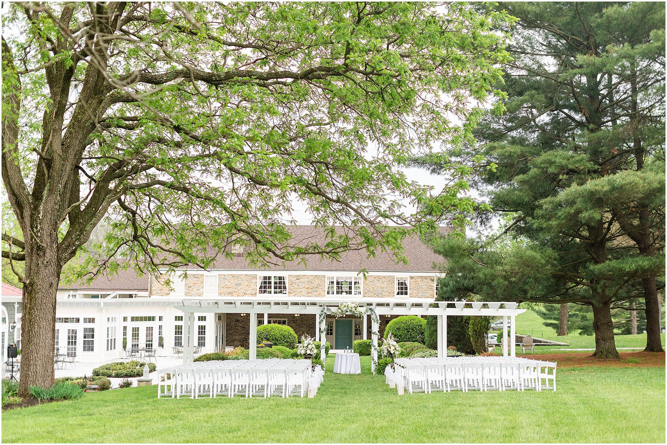 Stone-manor-country-club-wedding-photos-137.jpg