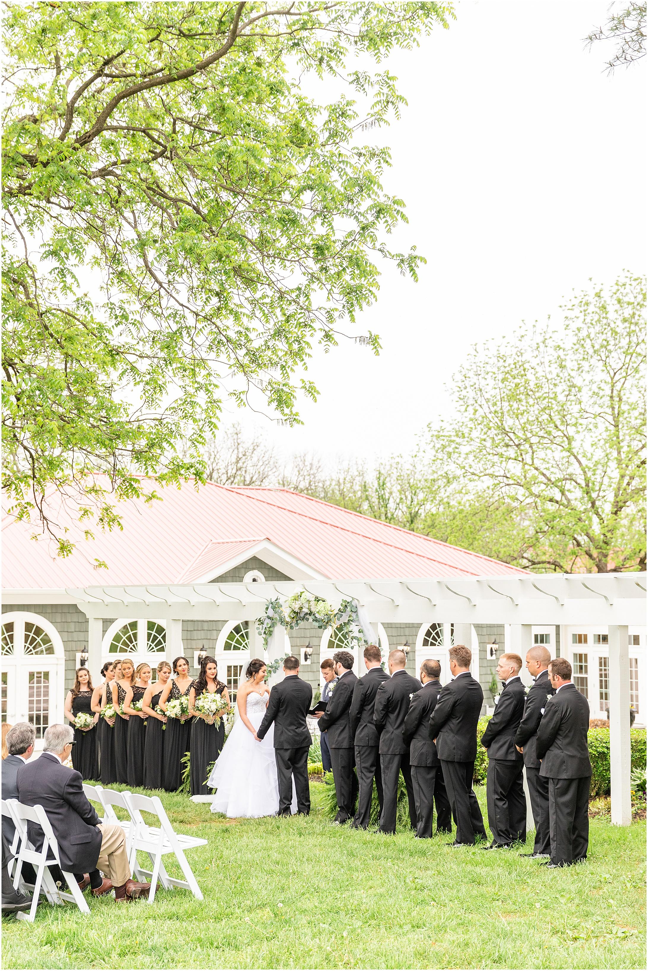 Stone-manor-country-club-wedding-photos-153.jpg
