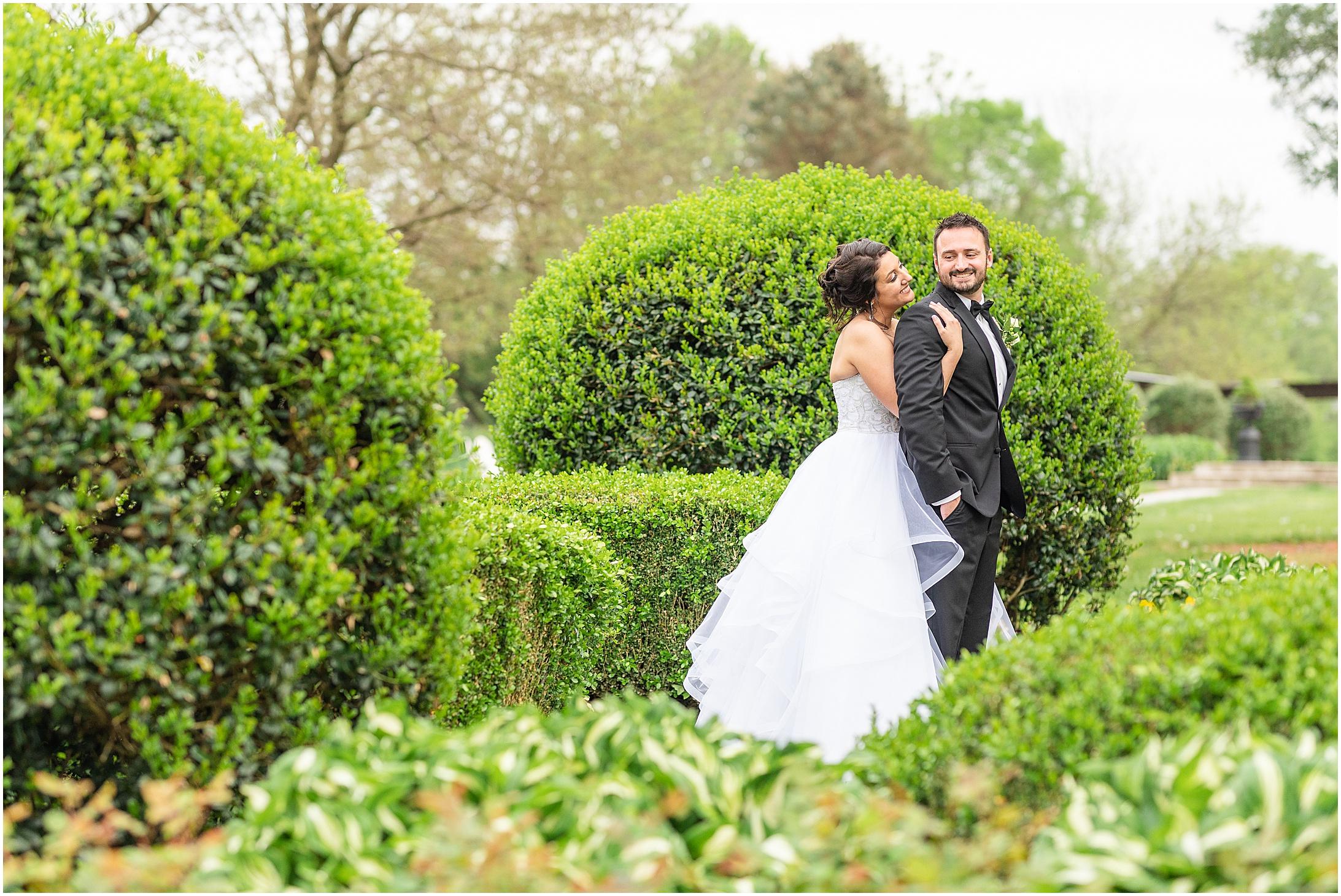 Stone-manor-country-club-wedding-photos-163.jpg