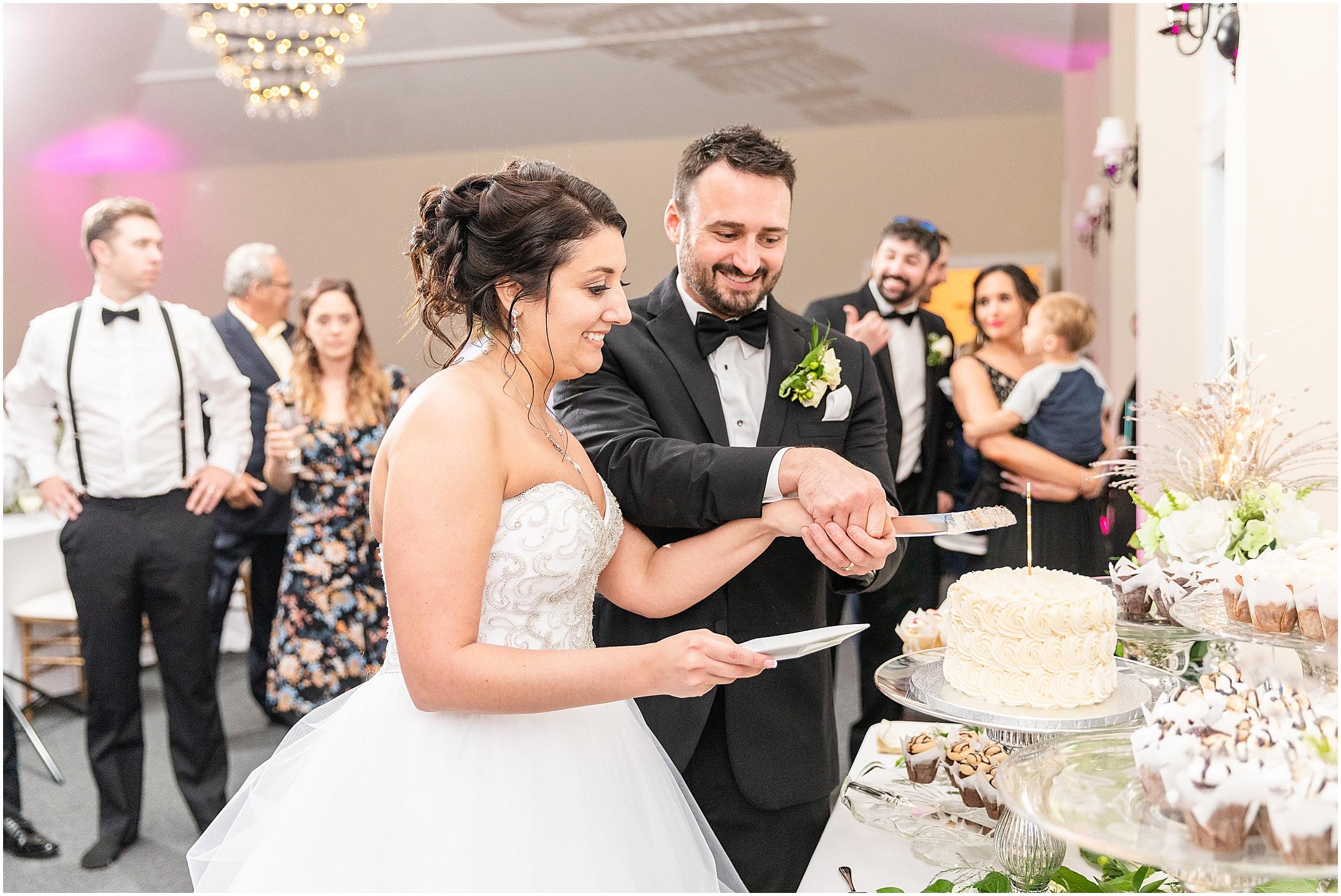 Stone-manor-country-club-wedding-photos-174.jpg
