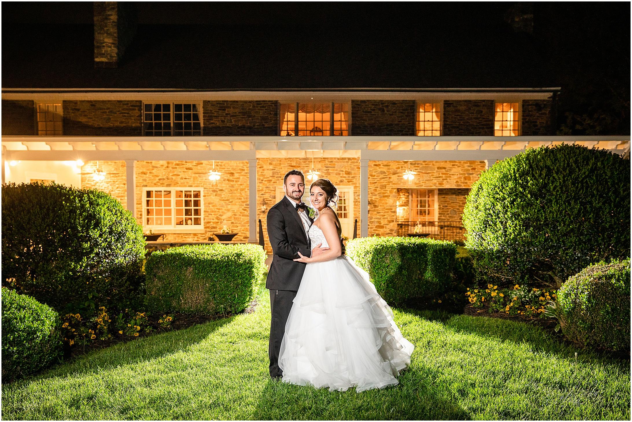 Stone-manor-country-club-wedding-photos-175.jpg