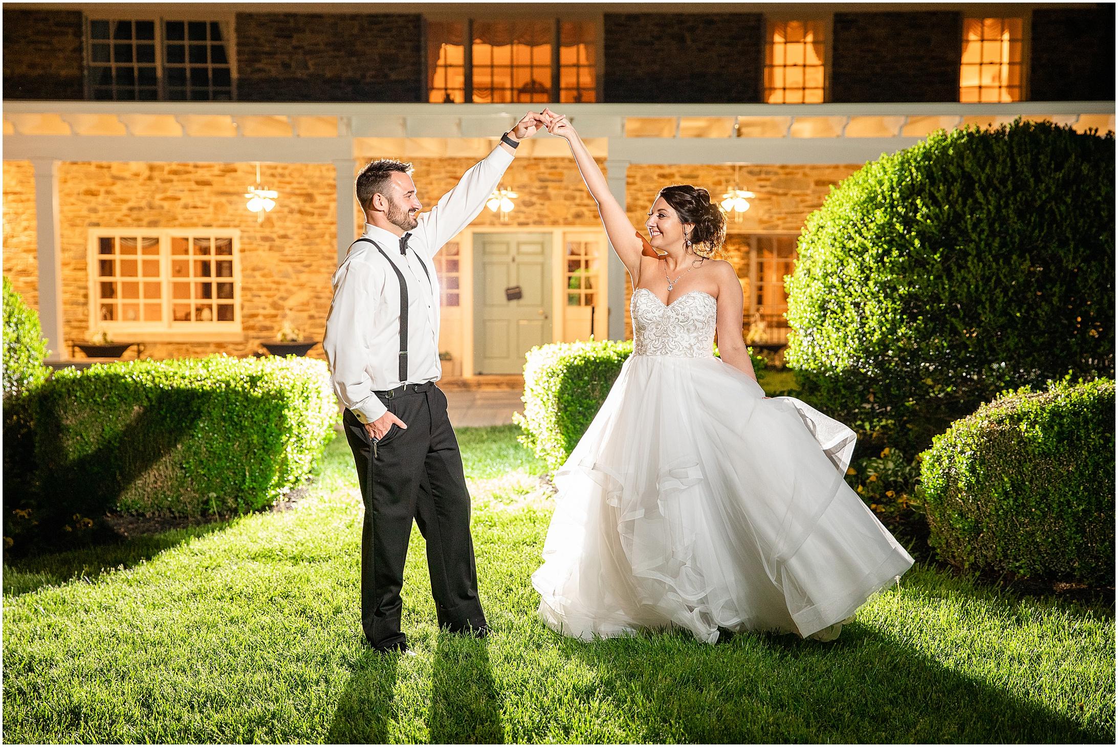 Stone-manor-country-club-wedding-photos-176.jpg