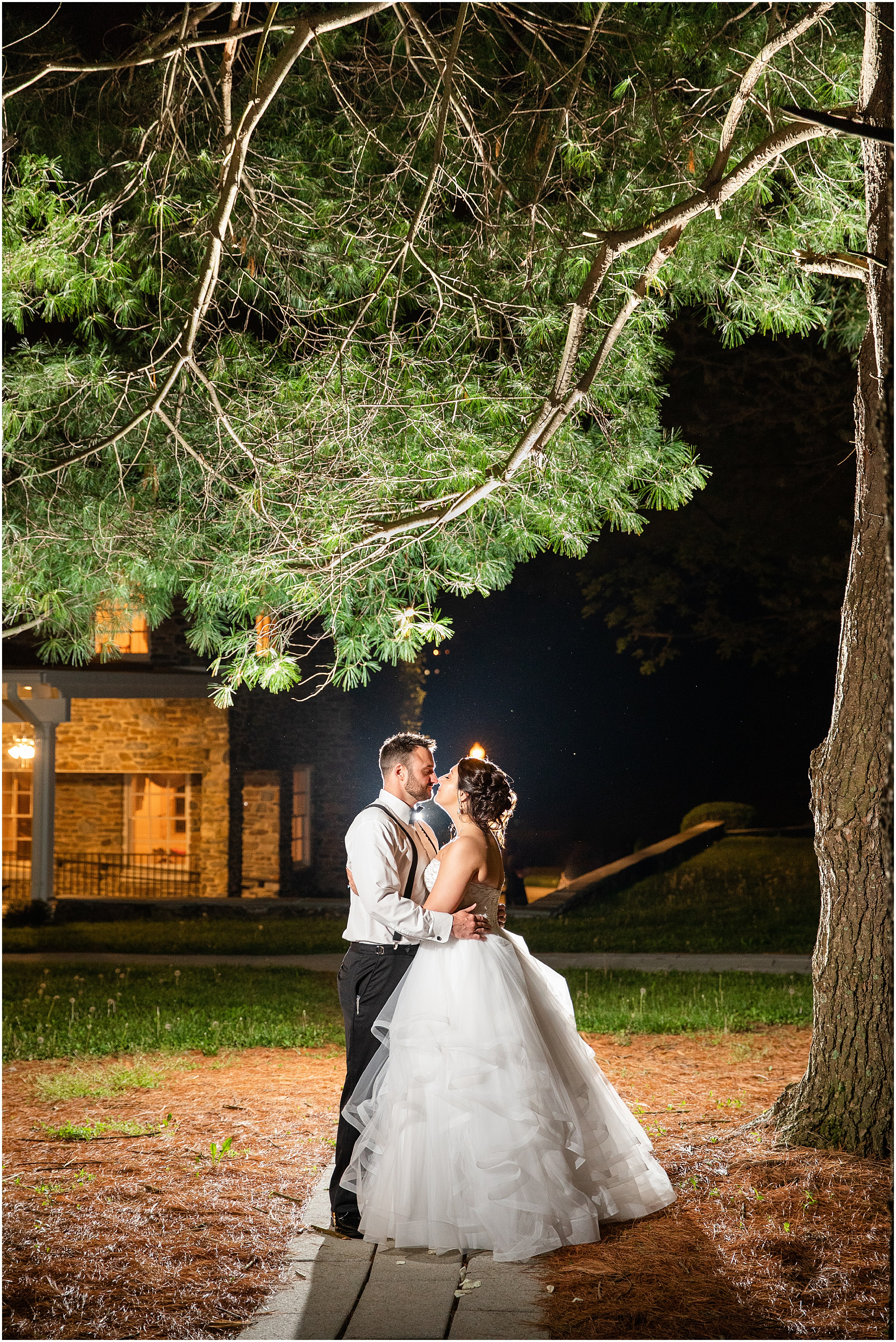 Stone-manor-country-club-wedding-photos-177.jpg