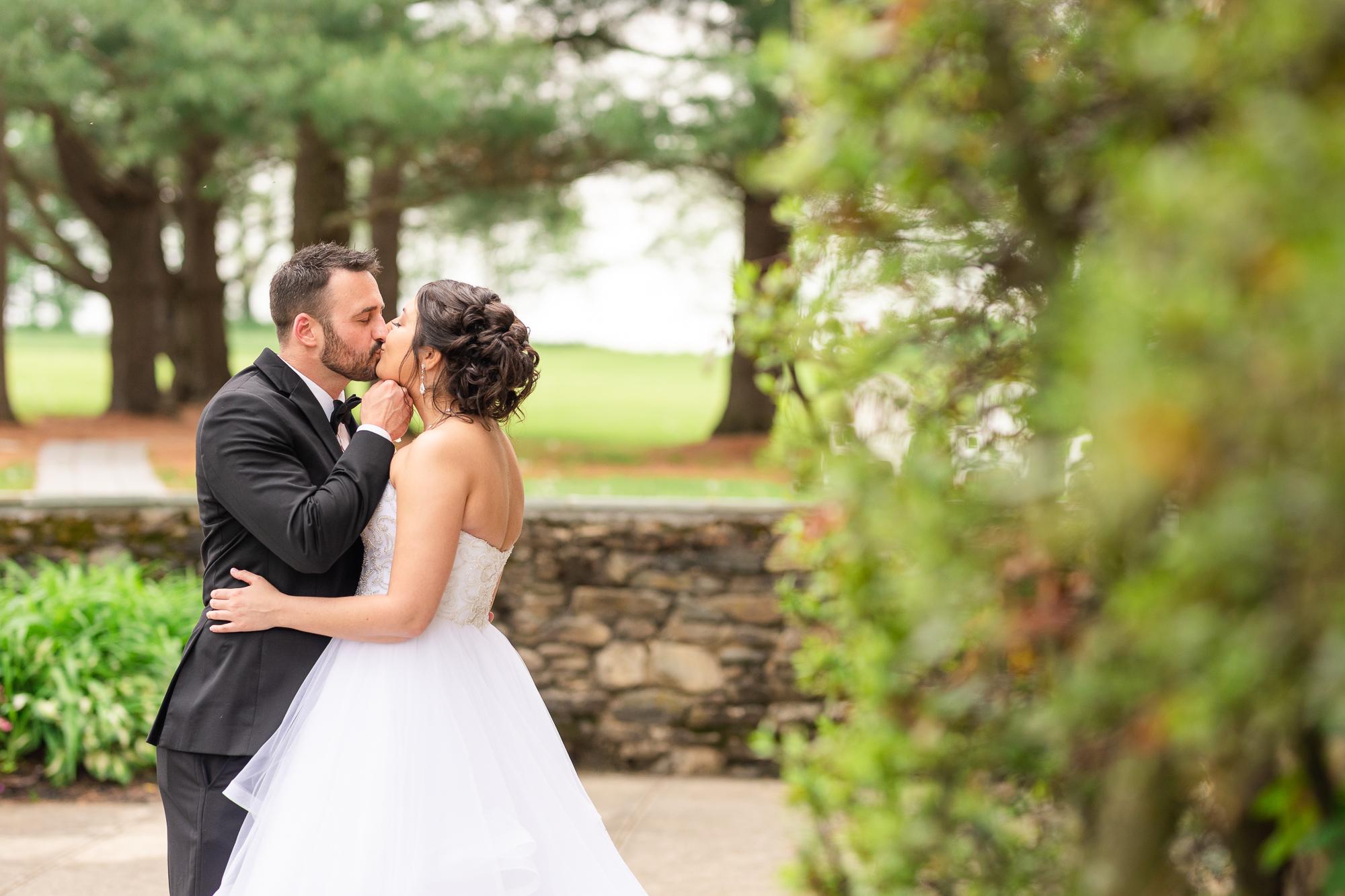 Stone-manor-country-club-wedding-photos-100-3.jpg