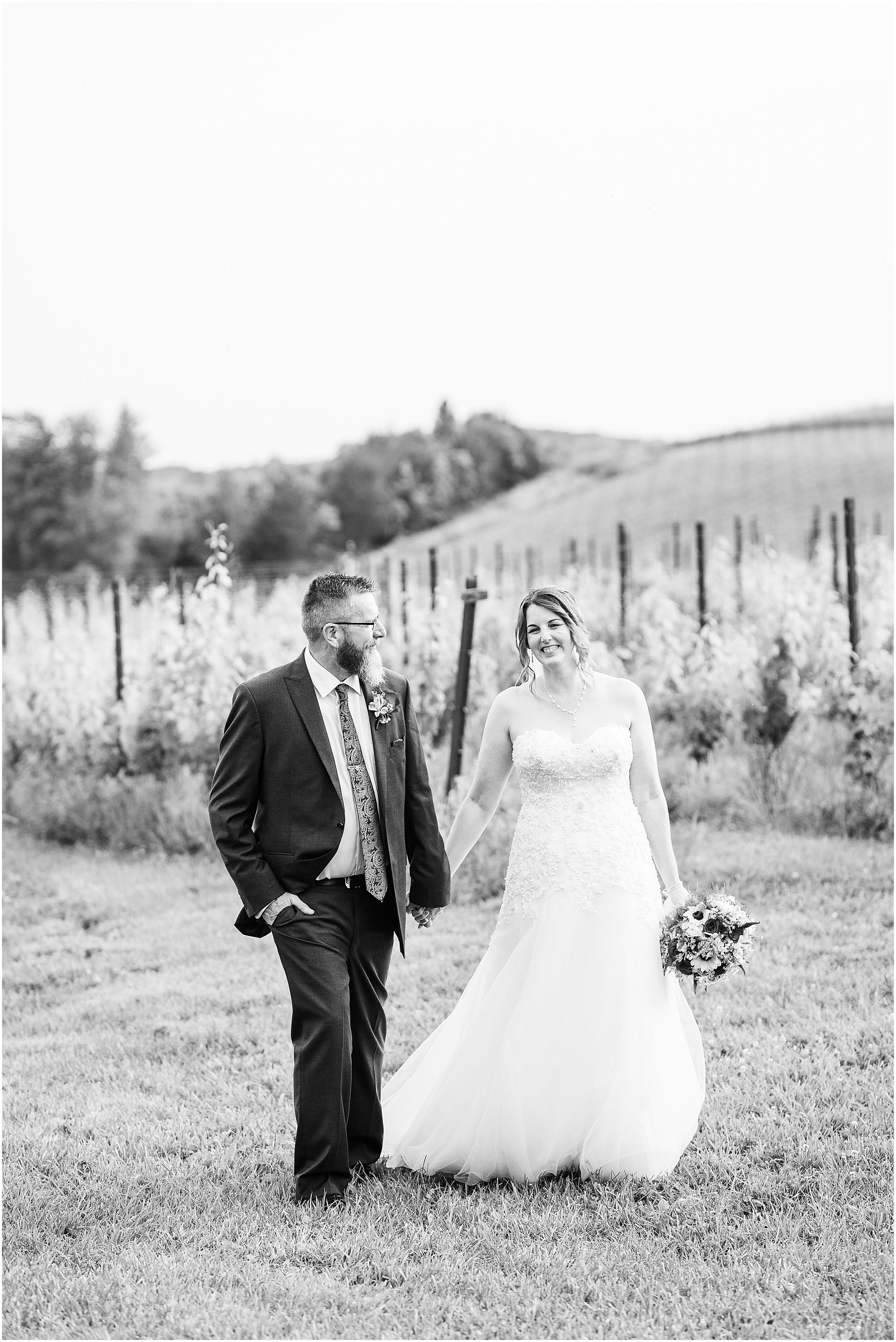 Black-Ankle-Vineyard-wedding_0376.jpg
