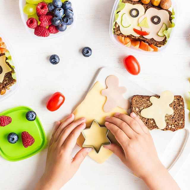 Only a few days until the first day of school! Anyone else slightly panicking about packing a healthy lunch every morning? ⠀ .⠀ .⠀ .⠀ .⠀ #backtoschool  #firstdayofschool⠀ #healthyeating #healthychoices⠀ #nutrition #plantpower #eatfresh #eathealthy #healthyfood
