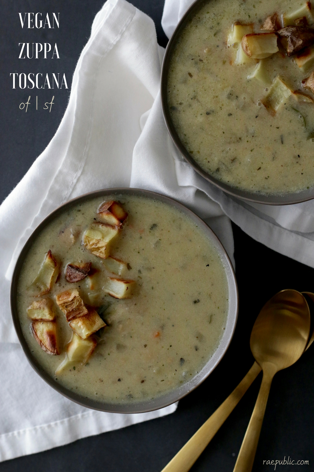 This is seriously the best vegan soup ever. Plant-based Zuppa Toscana made with vegan sausage.