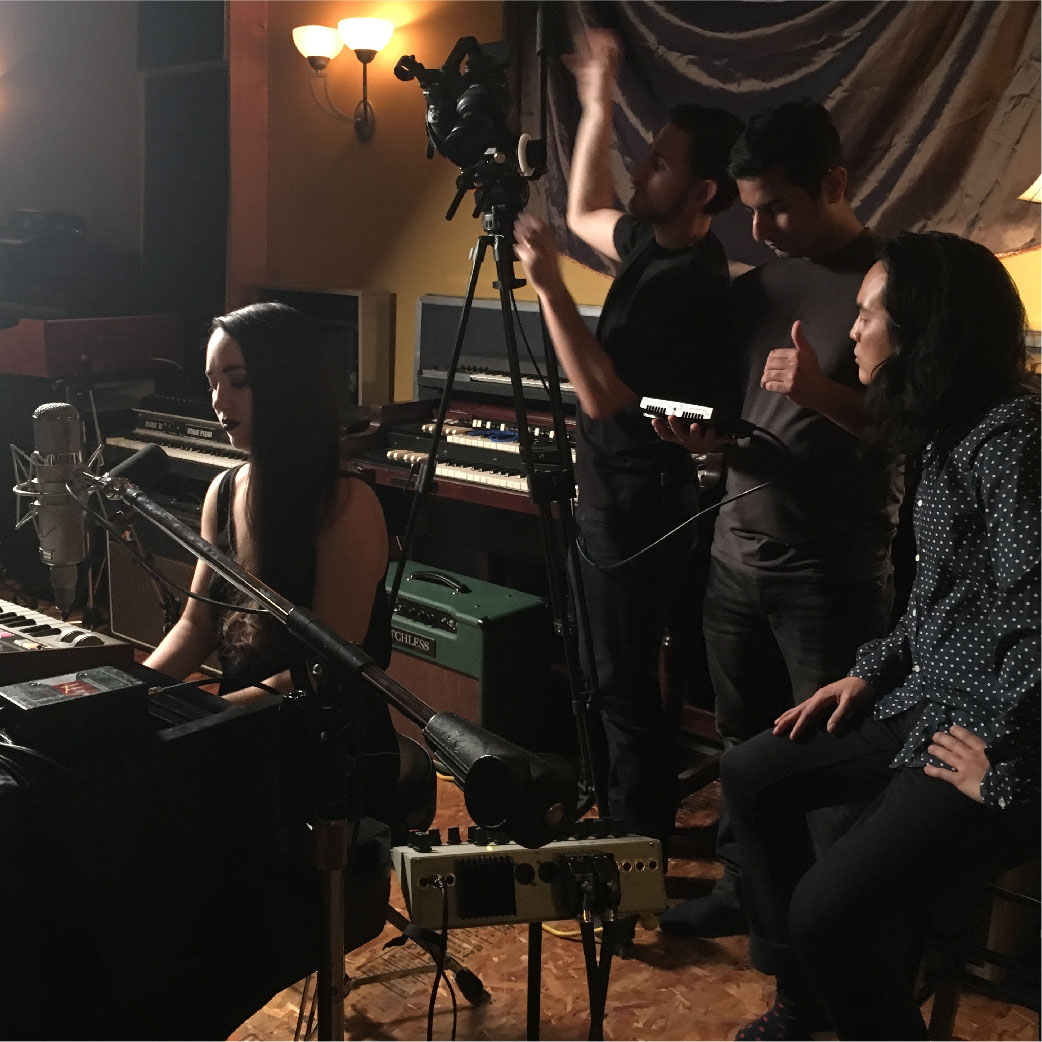 December / Décembre   Live video shoot at Private Ear Recording (coming this January).