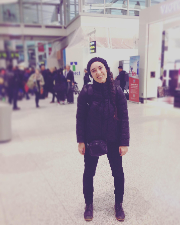 Toronto, ON  – À l'aéroport en route vers l'Allemagne