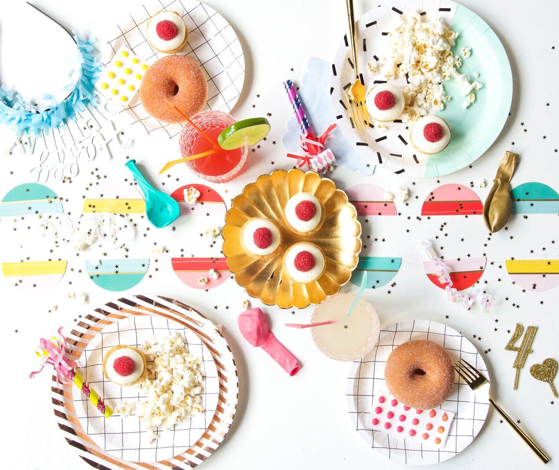 The Sassy Cupcake || Bracket
