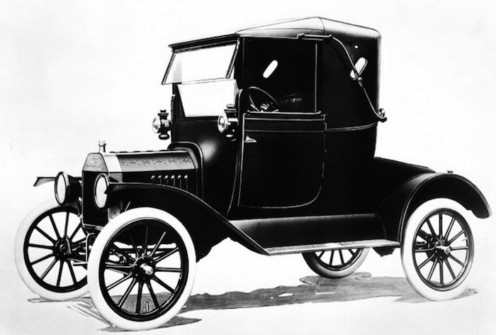 1917 Ford Model T  Photo courtesy ( Boldride ).