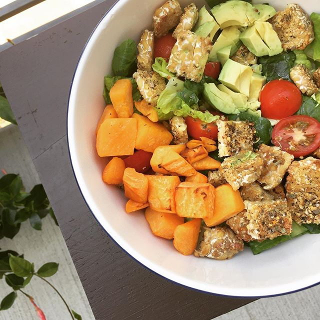 The salad for when you're extra hungry. #tempeh #squash #avocado