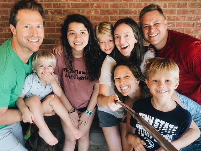 Thankful for friendships that span years and distance, for conversation that is encouraging and challenging, and for Jesus, who brought us all together in one way or another🙌🏼